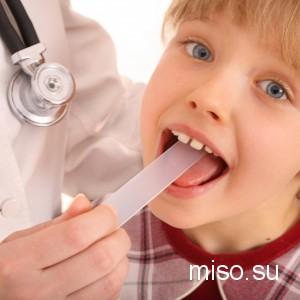 Мигдалини і аденоїди у дитини